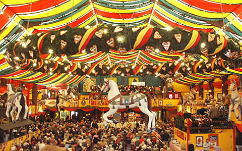 Table Reservation Services - Get a seat in a beer hall - Oktoberfest info services from Munich